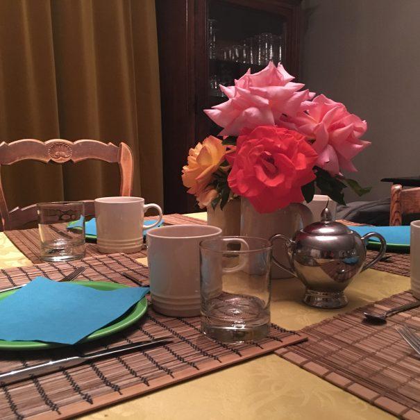 Les filles tresy tafel met rozen